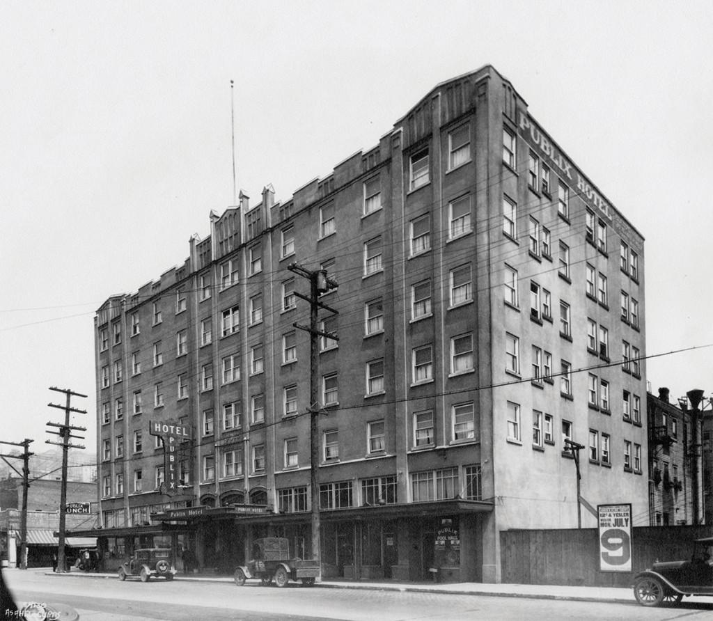 Publix Apartments